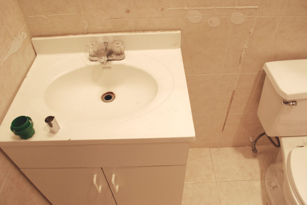 How To Update A Small Bathroom Inexpensively Simply St Louis